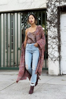 Unique Ways To Wear A Cardigan This Fall11