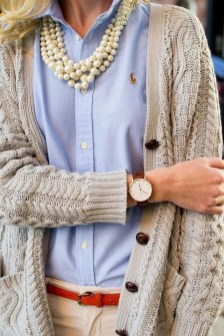 Unique Ways To Wear A Cardigan This Fall14
