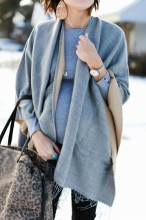 Unique Ways To Wear A Cardigan This Fall30