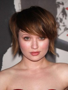Awesome Haircuts Ideas For Round Face43