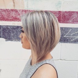 Charming Graduate Bob Haircut Ideas05