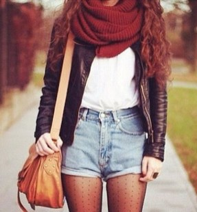 Charming Winter Outfits Ideas High Waisted Shorts04