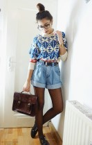 Charming Winter Outfits Ideas High Waisted Shorts23
