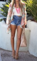 Charming Winter Outfits Ideas High Waisted Shorts27