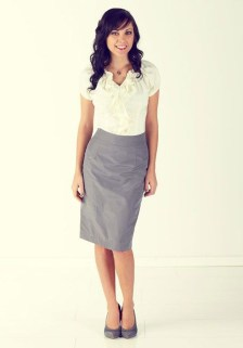 Incredible Skirt And Blouse This Fall Ideas02