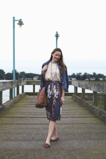 Incredible Skirt And Blouse This Fall Ideas40