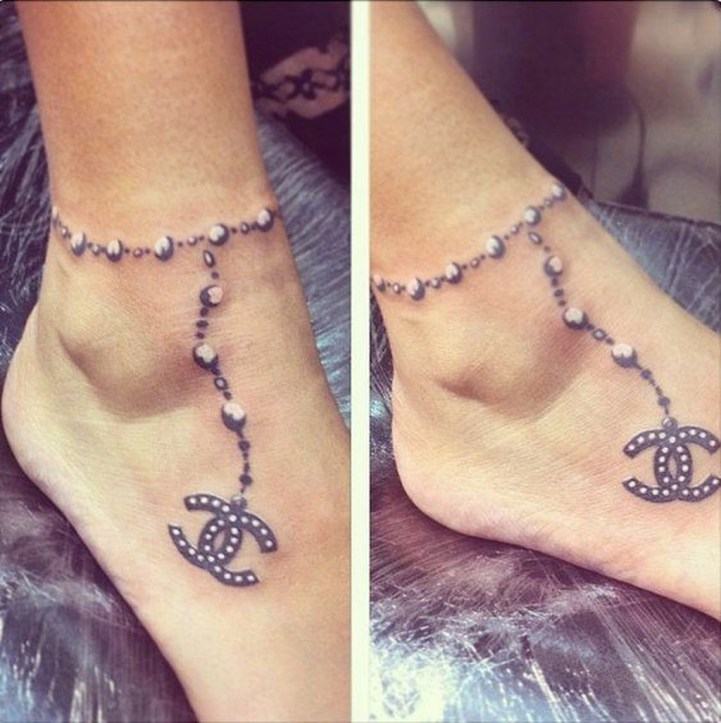 Lovely Foot Tattoo Ideas For Girls18