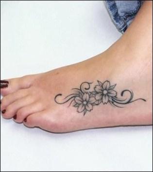 Lovely Foot Tattoo Ideas For Girls38