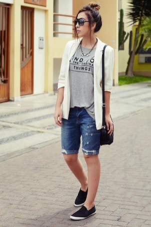 Perfect Wearing Summer Shorts Ideas06
