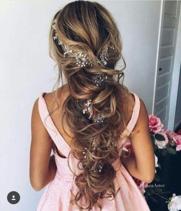 Perfect Wedding Hairstyles Ideas For Long Hair41
