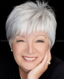 Pretty Grey Hairstyle Ideas For Women12