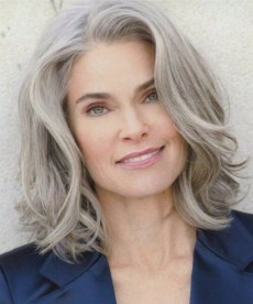 Pretty Grey Hairstyle Ideas For Women14