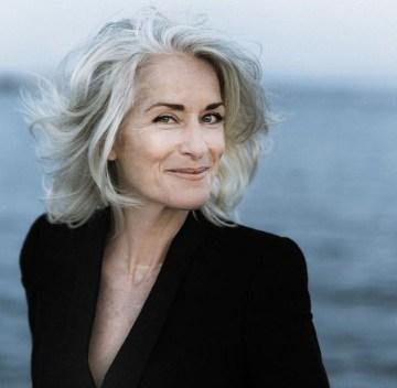 Pretty Grey Hairstyle Ideas For Women15