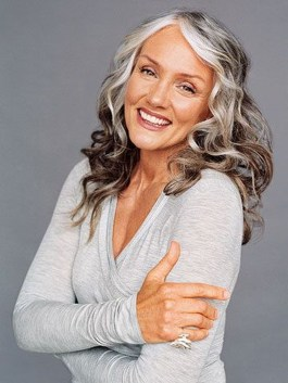 Pretty Grey Hairstyle Ideas For Women17