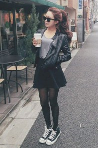 Pretty Winter Outfits Ideas Black Leather Jacket12