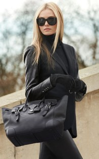 Pretty Winter Outfits Ideas Black Leather Jacket21