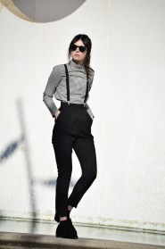 Pretty Winter Outfits Ideas High Waisted Pants20