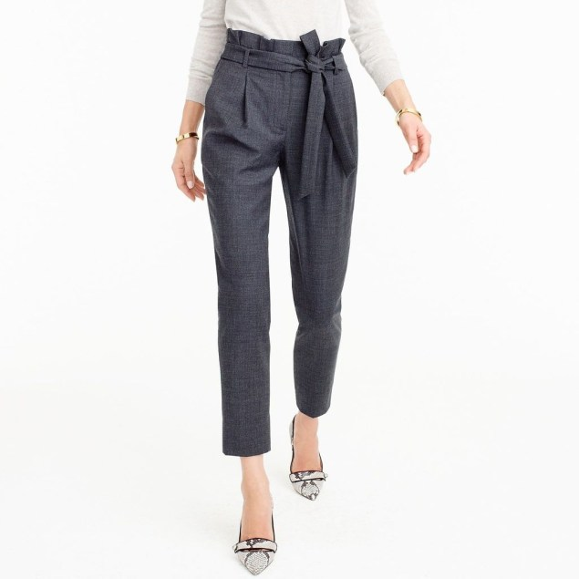 Pretty Winter Outfits Ideas High Waisted Pants37