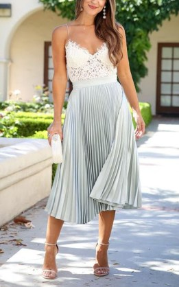Wonderful Midi Skirt Outfit Ideas For Spring And Summer 201834