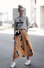 Wonderful Midi Skirt Outfit Ideas For Spring And Summer 201842