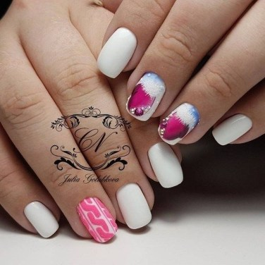 Astonishing Christmas Nail Design Ideas For Pretty Women14