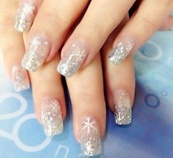 Astonishing Christmas Nail Design Ideas For Pretty Women22