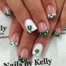 Astonishing Christmas Nail Design Ideas For Pretty Women23