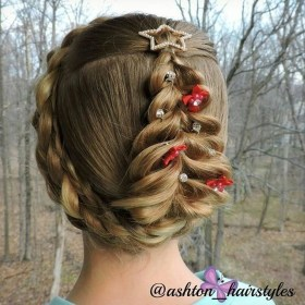 Casual Christmas Updos Ideas25