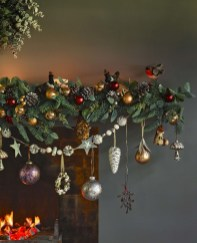 Casual Winter Themed Christmas Decorations Ideas01