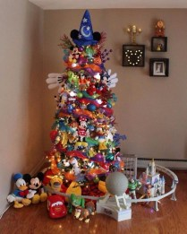 Casual Winter Themed Christmas Decorations Ideas30