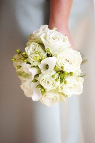 Casual Winter White Bouquet Ideas04