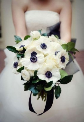 Casual Winter White Bouquet Ideas09