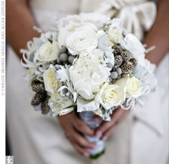 Casual Winter White Bouquet Ideas21