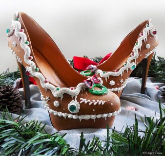 Charming Christmas Heels Ideas For Cute Women07