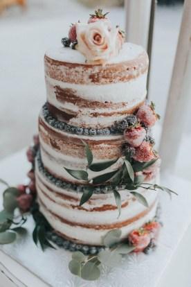Classy Winter Wedding Ideas33