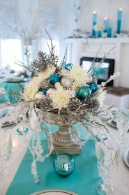 Classy Winter Wonderland Wedding Centerpieces Ideas19