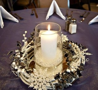 Classy Winter Wonderland Wedding Centerpieces Ideas27