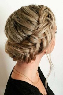 Cute Christmas Braided Hairstyles Ideas23
