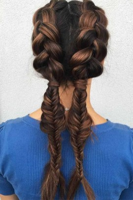 Cute Christmas Braided Hairstyles Ideas34