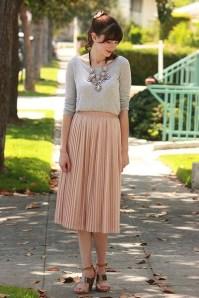 Elegant Midi Skirt Winter Ideas02
