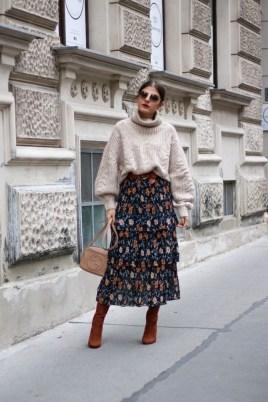 Elegant Midi Skirt Winter Ideas09