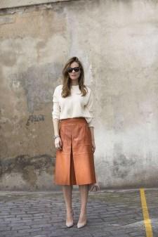 Elegant Midi Skirt Winter Ideas35