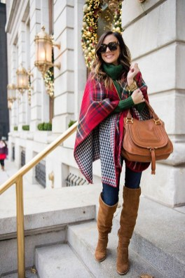 Incredible Holiday Style Christmas Outfit Ideas34