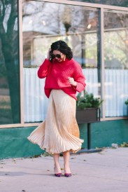 Incredible Holiday Style Christmas Outfit Ideas38