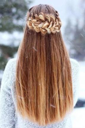 Latest Winter Hairstyle Ideas07