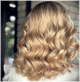 Latest Winter Hairstyle Ideas10