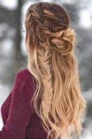 Latest Winter Hairstyle Ideas13