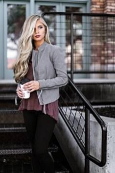 Latest Winter Hairstyle Ideas35