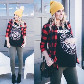 Lovely Maternity Winter Outfits Ideas14
