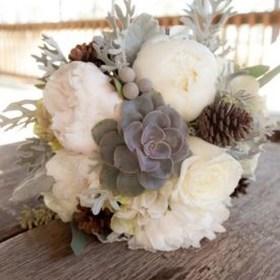 Modern Rustic Winter Wedding Flowers Ideas02